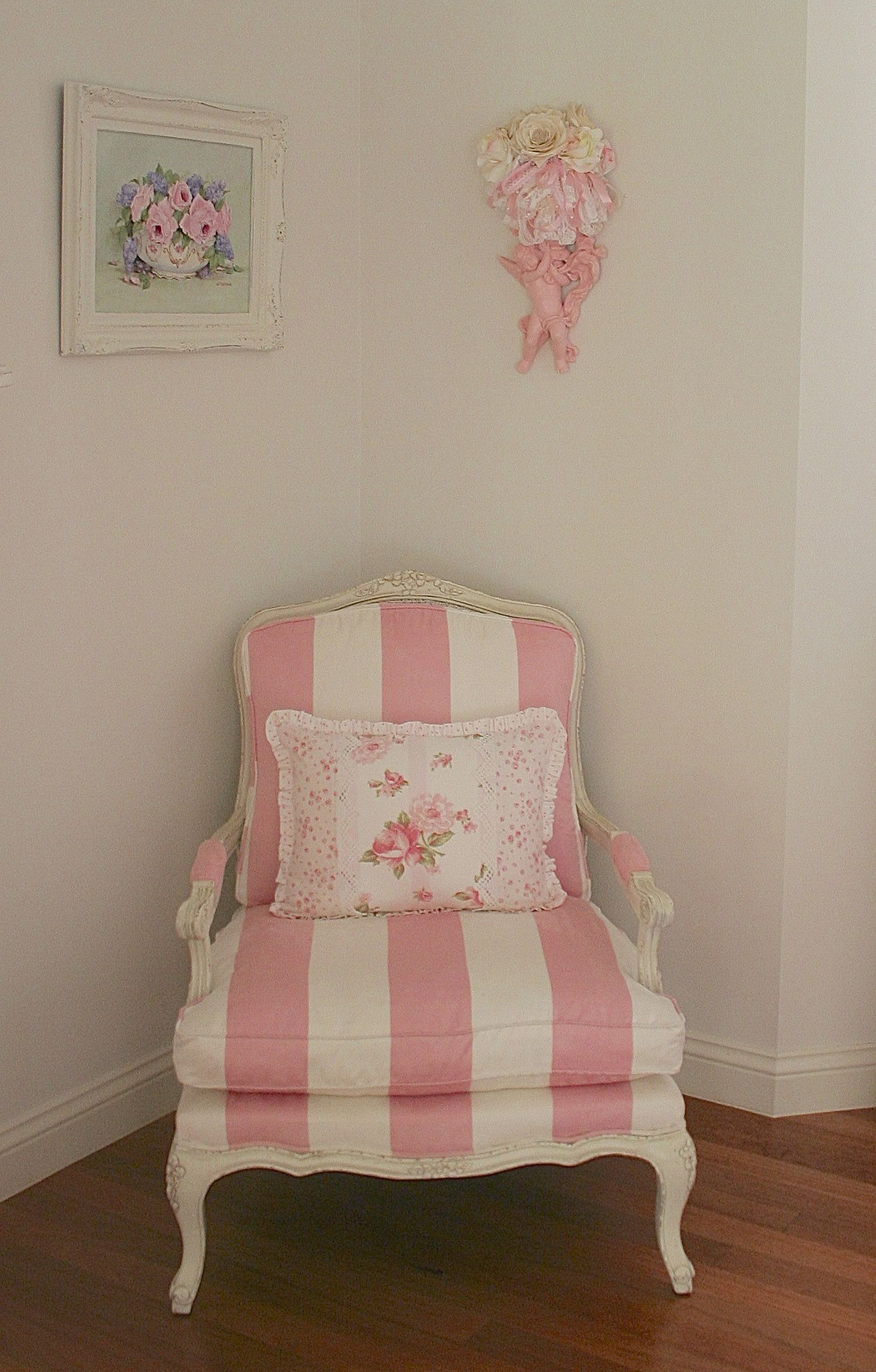 Comfy Chairs For Girls Pink Chair Baby Girl S Pink Bedroom Home Decor Furniture