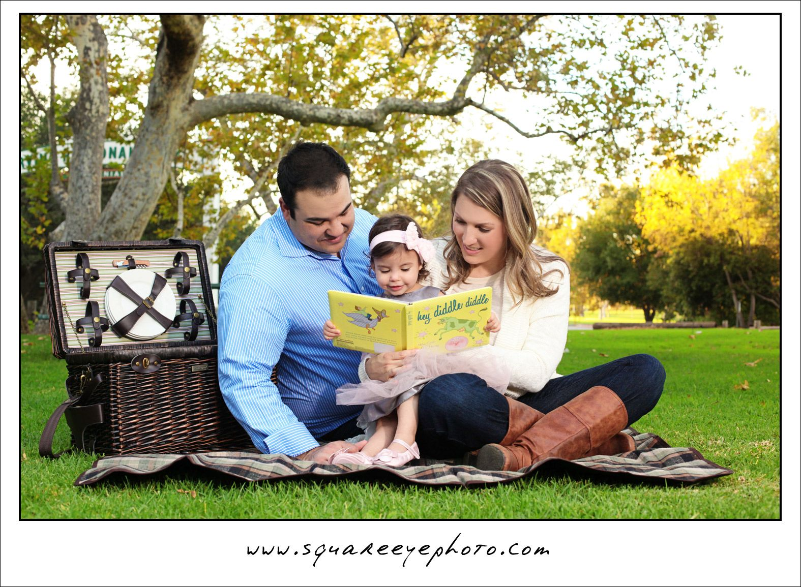 1 Year Girl Photoshoot Outdoor Family Portraits Orange County