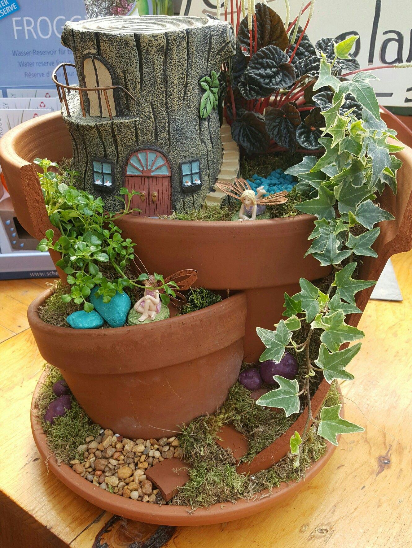 Broken Pot Fairy Garden Fairy Gardens Pinterest Macetas  ~ Macetas Originales Para El Jardin