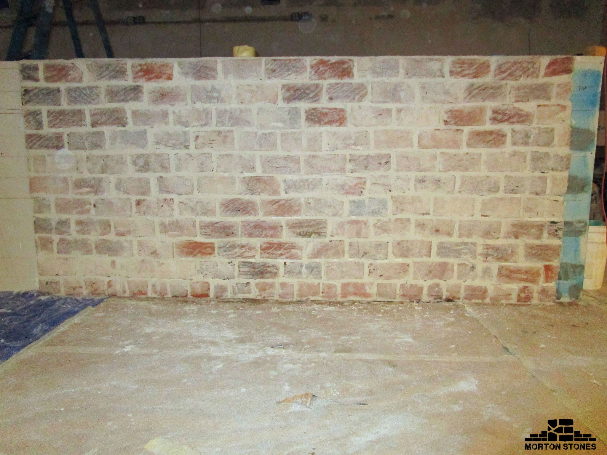 An Eye Catching White Thin Brick Feature Wall #Mortonstones #Brick #Brickwall