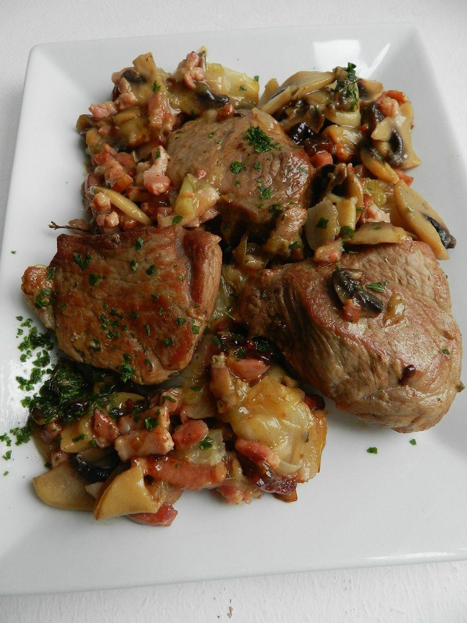 Saute De Veau A L Ancienne C Est Pas D La Tarte Meat Food And Menu