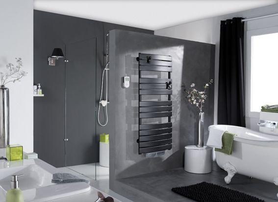salle de bain beton gris seche serviette noir | salle de bain ...