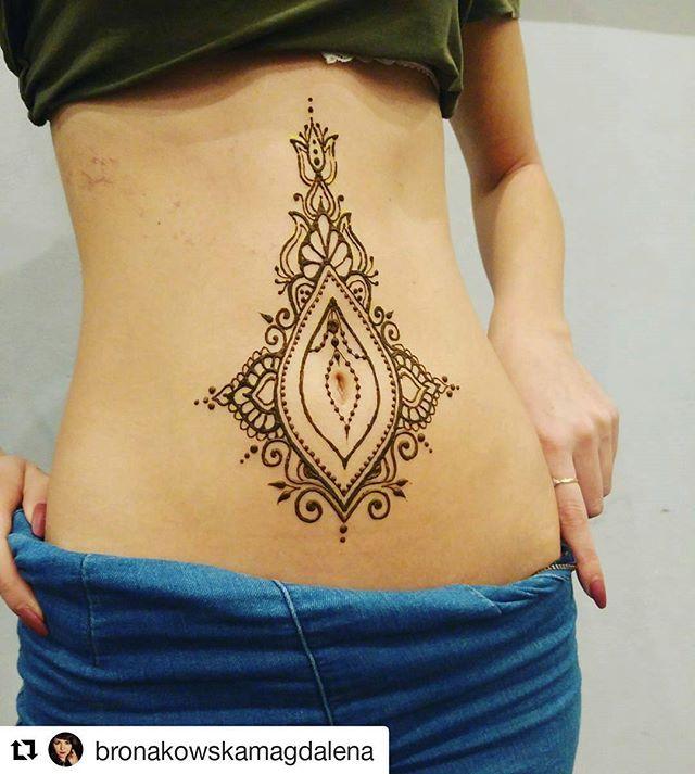 Pin By Nikki Medd On Henna Henna Tattoo Designs Belly Button Tattoos Belly Henna