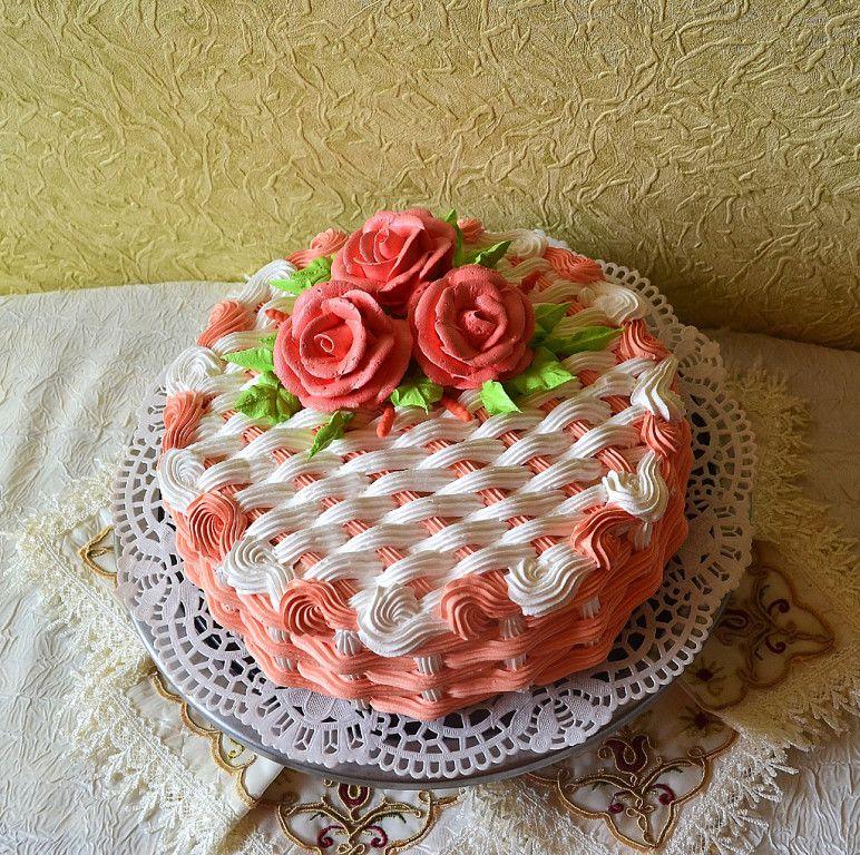 11 decorated with cream cake pinterest kuchen torten dekorieren und torten - Kuchen dekorieren ...