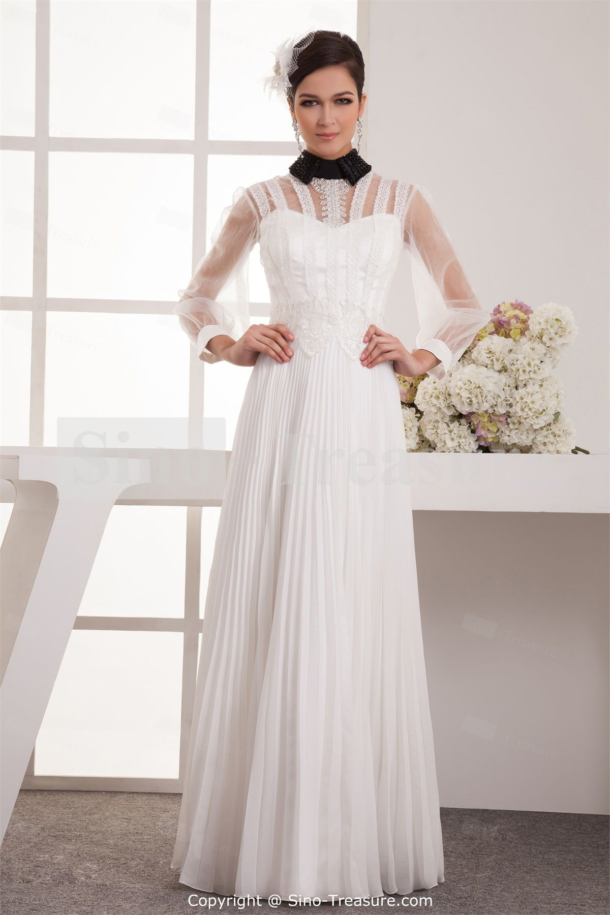 Wedding dresses with halter colored black and ivory wedding dress