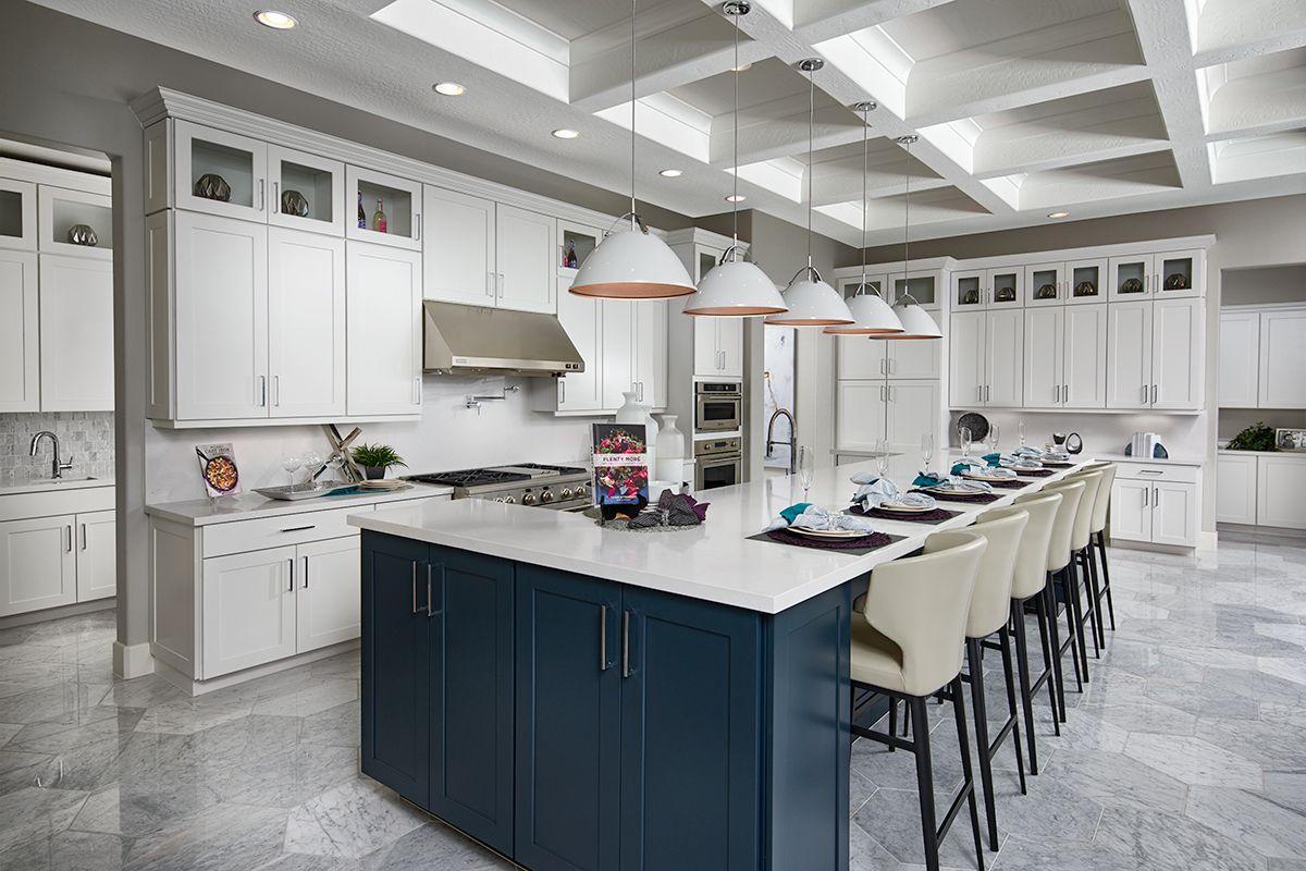 Abundant Storage Space Robert Model Home Kitchen Las Vegas Nevada Richmond American H Cottage Kitchen Design Kitchen Design Kitchen Remodeling Projects
