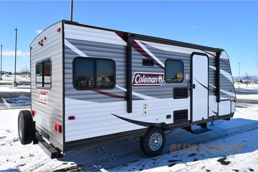 Six Amazing Lightweight Travel Trailers Under 3,000 lbs - Crow Survival -  2018 DUTCHMEN COLEMAN LA