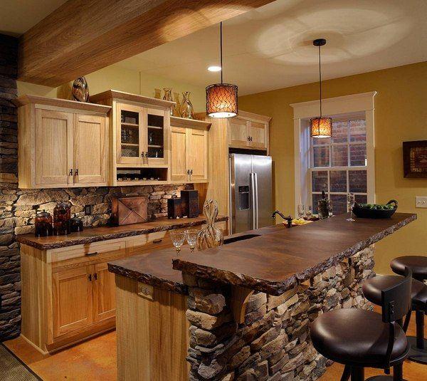 cocina con muebles rsticos de madera