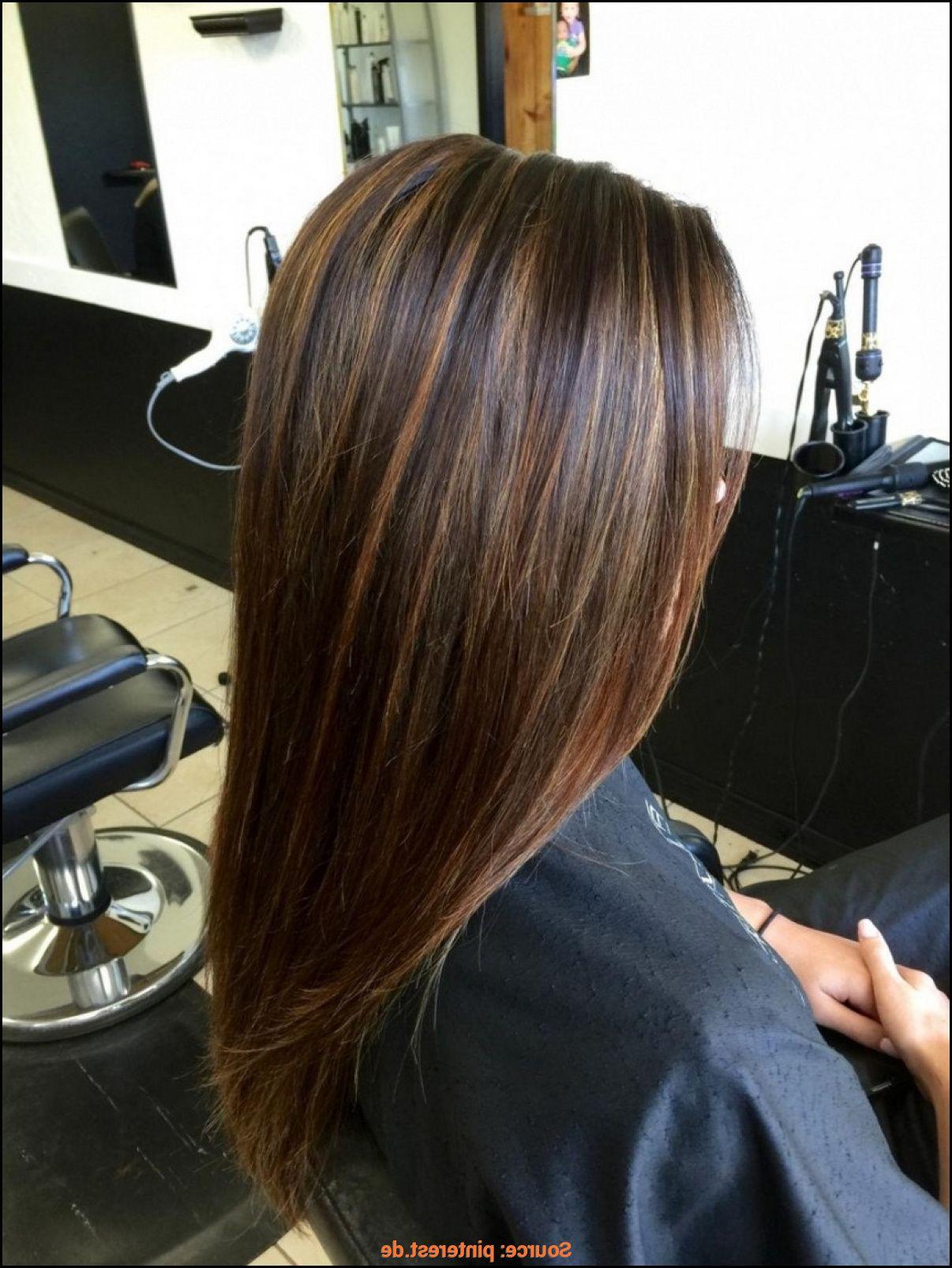 Braune Haare Mit Highlights Glatt