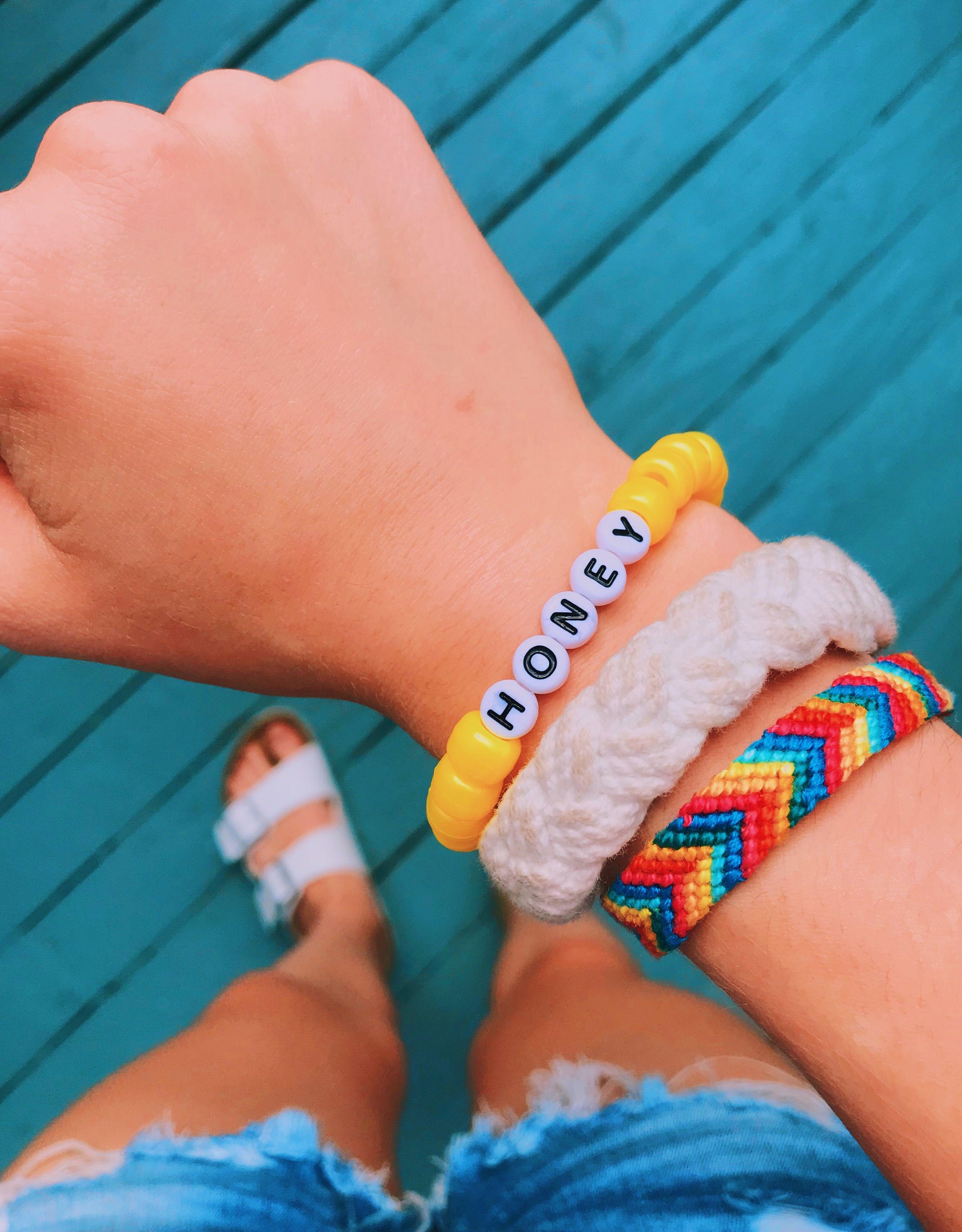 Vsco Bead Bracelets With Words : bracelets, words, Bracelet, Beaded, Braided, Summer, Vsco:, Perrylynn, Pinterest:, Perrylynn1, Things, Pulseras, Kandi,, Bonita…