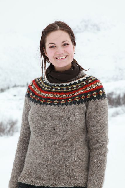 Available as free pattern in Finnish, Icelandic and English only ...