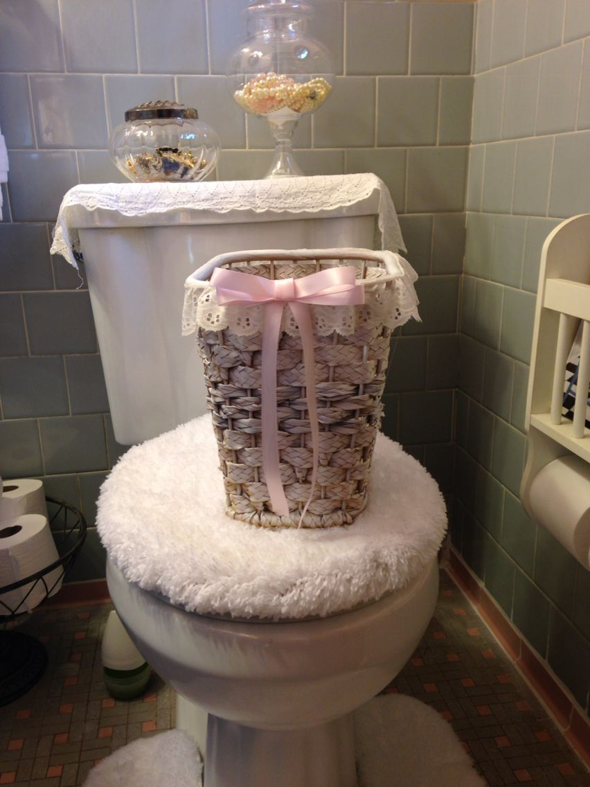 My shabby chic trash can I made
