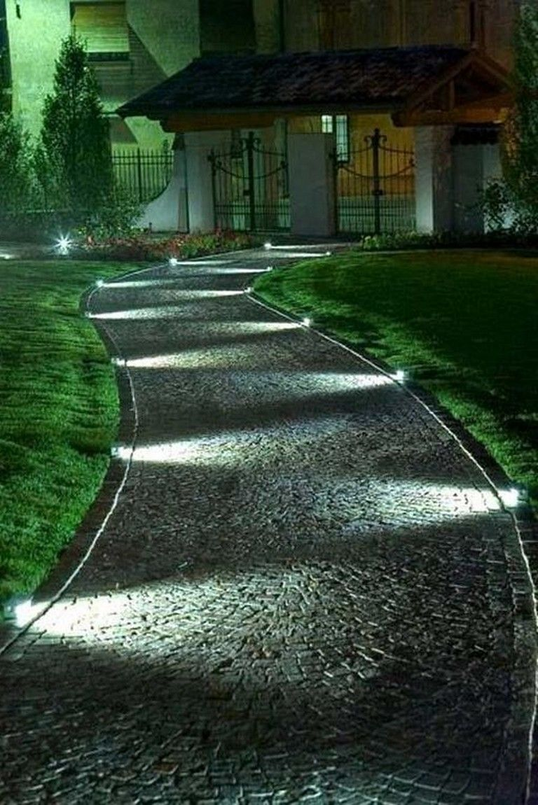 24 Lovely Summer Party Night Decorating Ideas Outdoor Decoratingideas Decoratingbathr Front Yard Landscaping Design Walkway Landscaping Garden Path Lighting