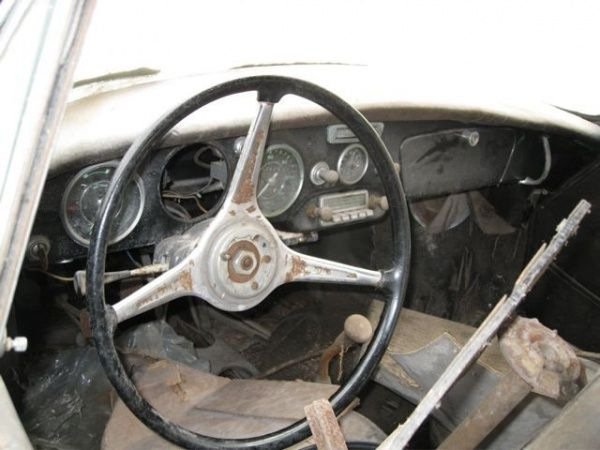 When you're on the hunt for a great barn find, you have to search every barn you can get into, even if it looks to be a lost cause. It doesn't matter how dilapidated the barn... more»