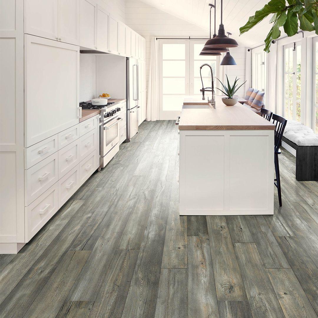 hardwood floors in the kitchen yes  1 kitchen 6 wood