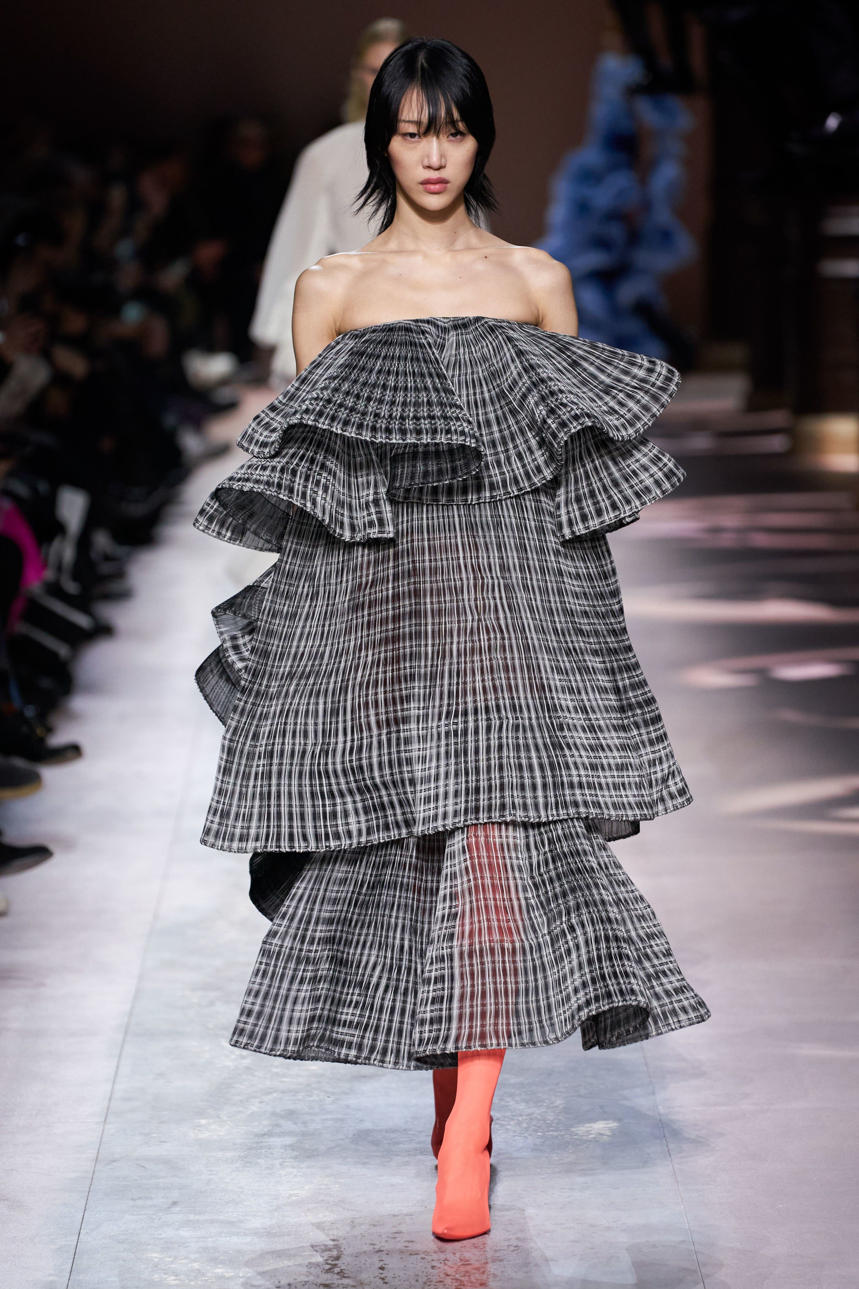 Collection  GIVENCHY SPRING 20 COUTURE   PARIS   Couture ...
