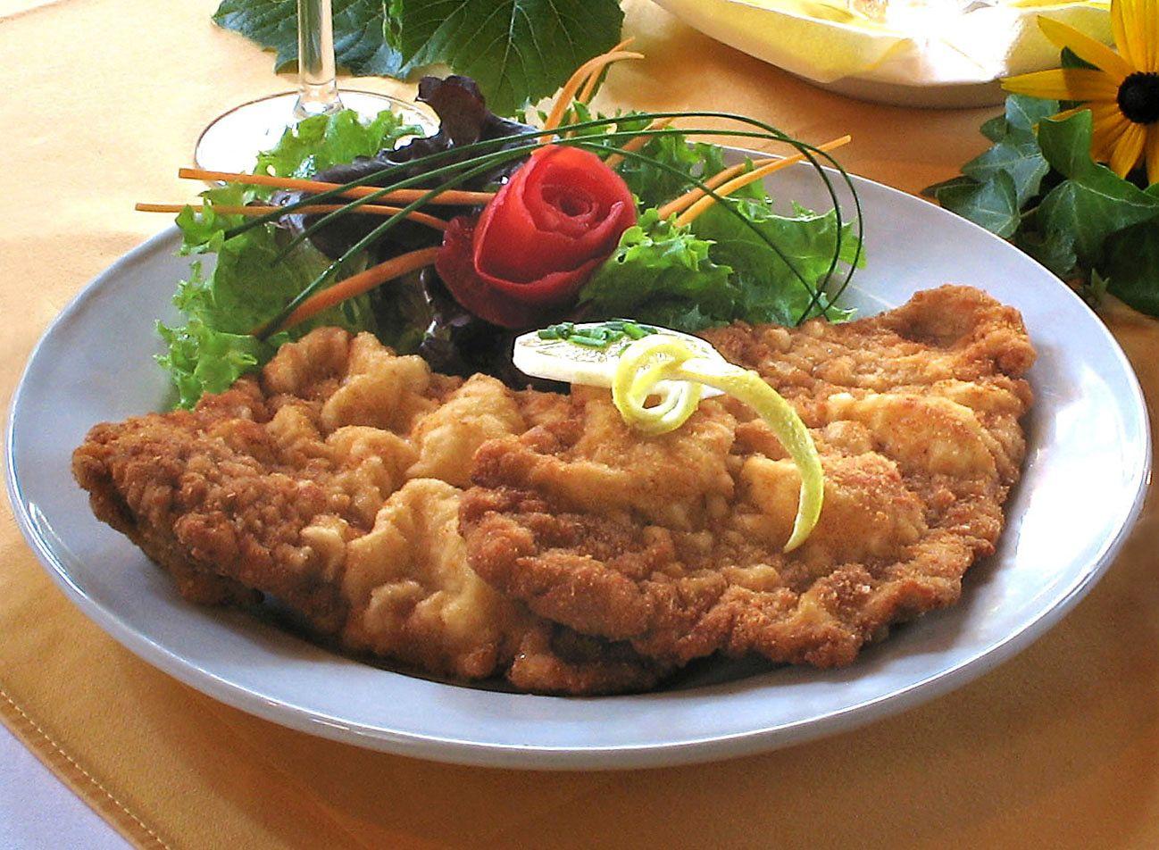 Simple Way To Make Delicious Spicy Coconut Curry Food Sapor Recipe Schnitzel Recipes Wiener Schnitzel Food