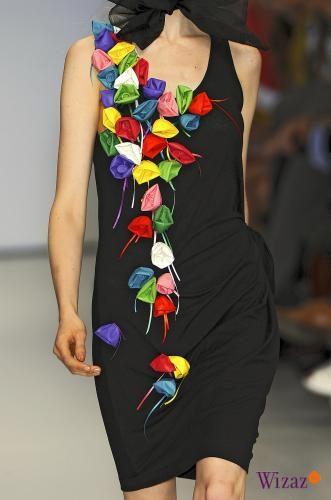 Декор одежды цветами. Платья.. Обсуждение на LiveInternet - Российский  Сервис Онлайн-Дневников e77f527e7c7