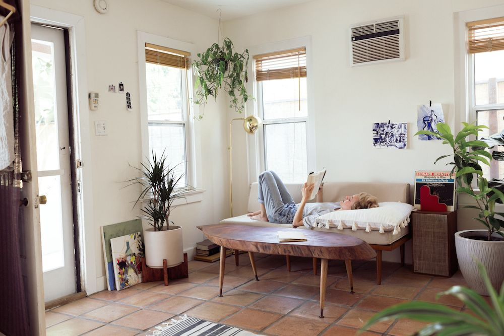 Urban Outfitters Blog About A Space La Garden Apartment