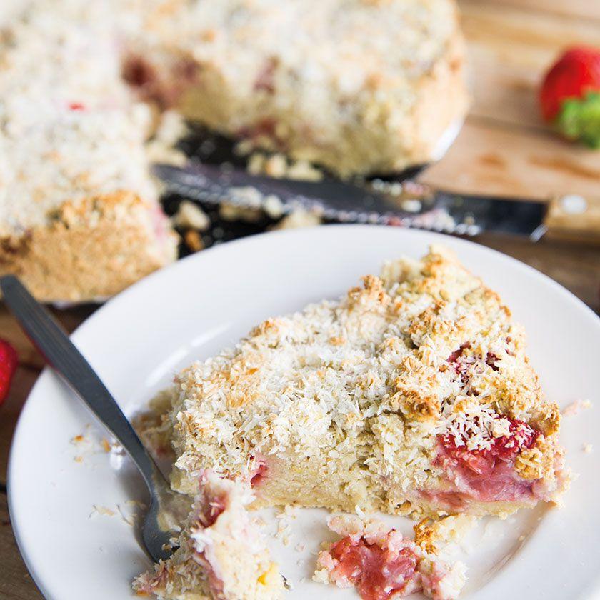 Strawberry Kokos Cake - In Love With Health