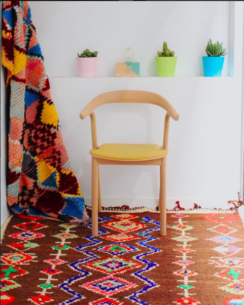 Live In Color Berber Rug Kilim Azilal Boucherouite Beniouarain Maroccain Leslosanges Tapis Deco Tapis Berbere Boutique De Decoration