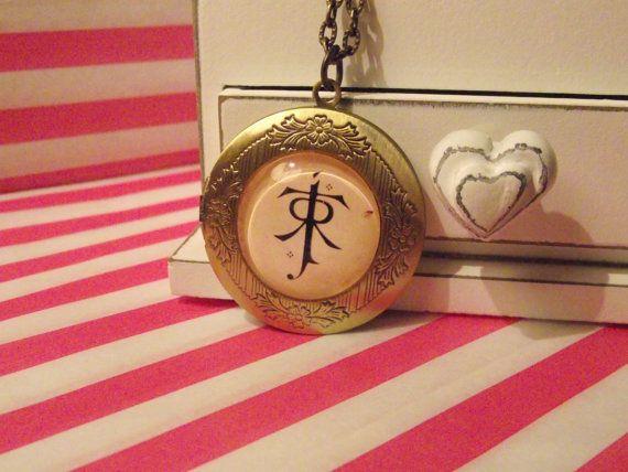 J.R.R Tolkiens Symbol Locket Necklace (Charming Charms UK)