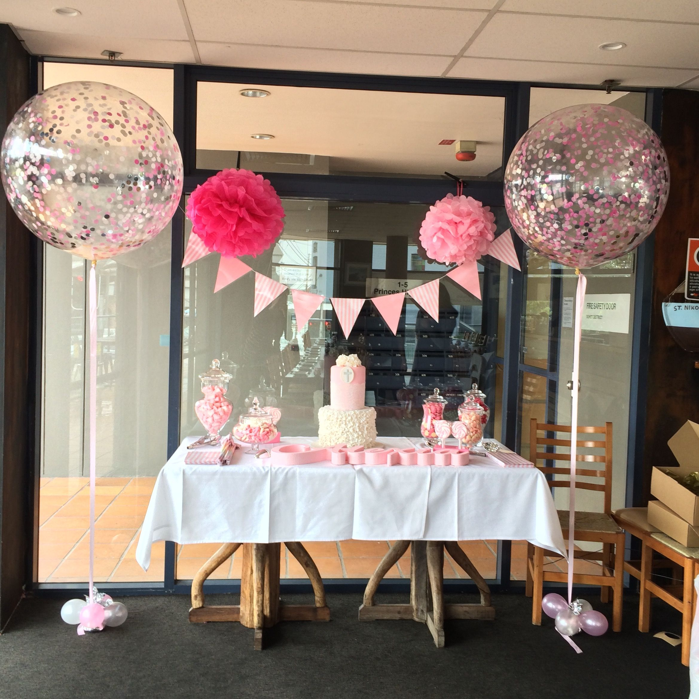 Romantic table decorations for birthday - Cake Table Decor Giant Confetti Balloons