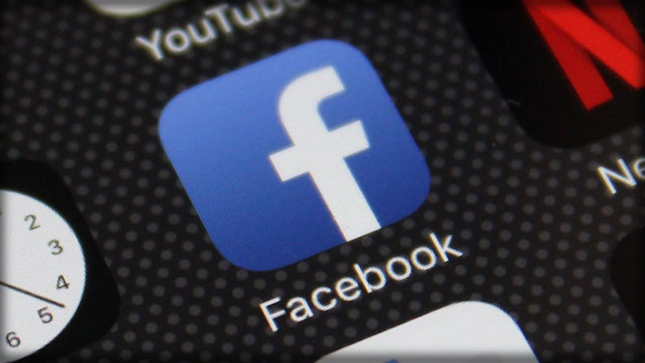 Facebook QUIETLY Installs New TRACKING App on your phone, This is what y...
