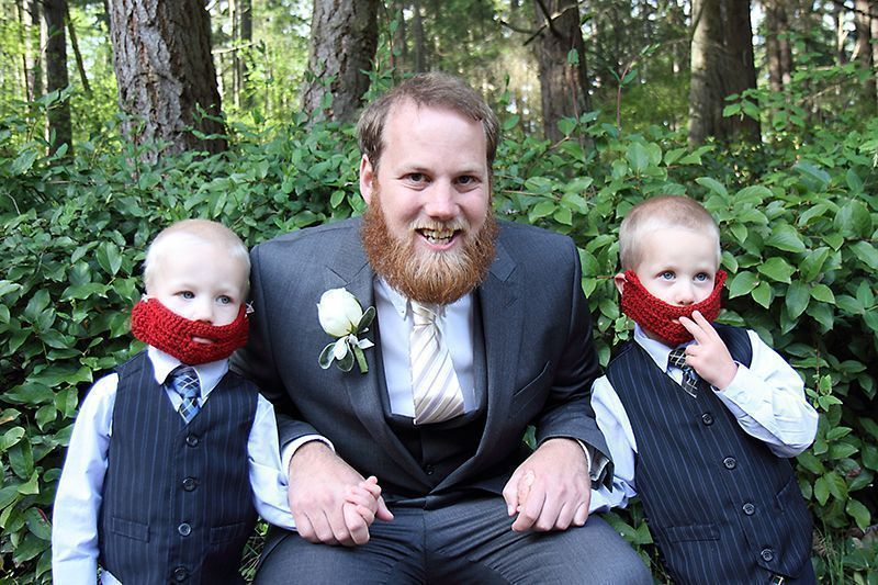 Melissa Miksch Photography on Offbeat Bride #crochetedbeards Red Yarn? $5.  Crochet beard pattern? $2. Crocheted beards for the ring bearers to match the groom? Priceless! | {Melissa Miksch Photography} #crochetedbeards Melissa Miksch Photography on Offbeat Bride #crochetedbeards Red Yarn? $5.  Crochet beard pattern? $2. Crocheted beards for the ring bearers to match the groom? Priceless! | {Melissa Miksch Photography} #crochetedbeards Melissa Miksch Photography on Offbeat Bride #crochetedbeards #crochetedbeards