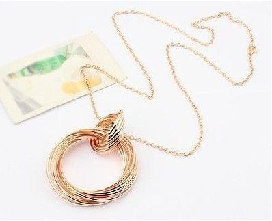 Linked Up Necklace Rs.650