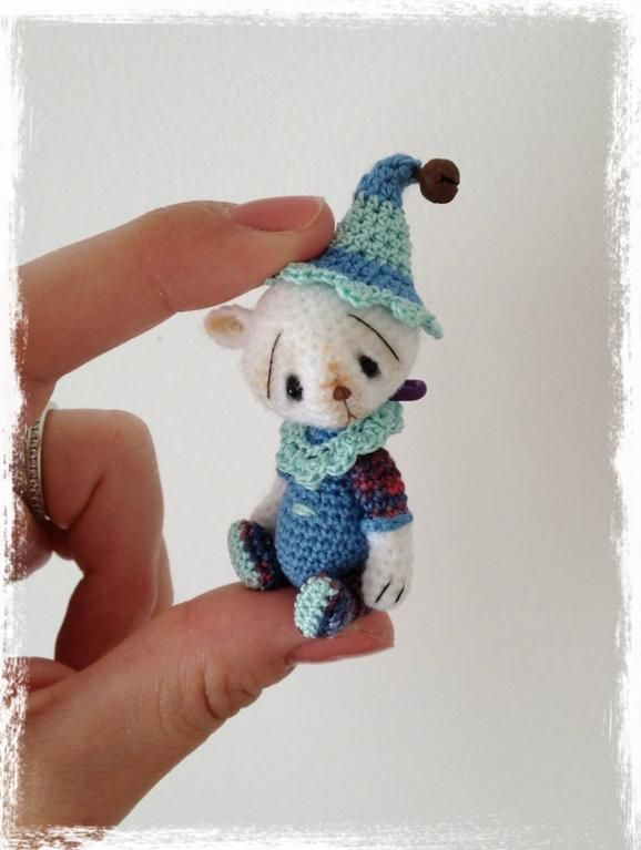 Mini Thread Crochet Bear - I wonder how hard this is to make ...