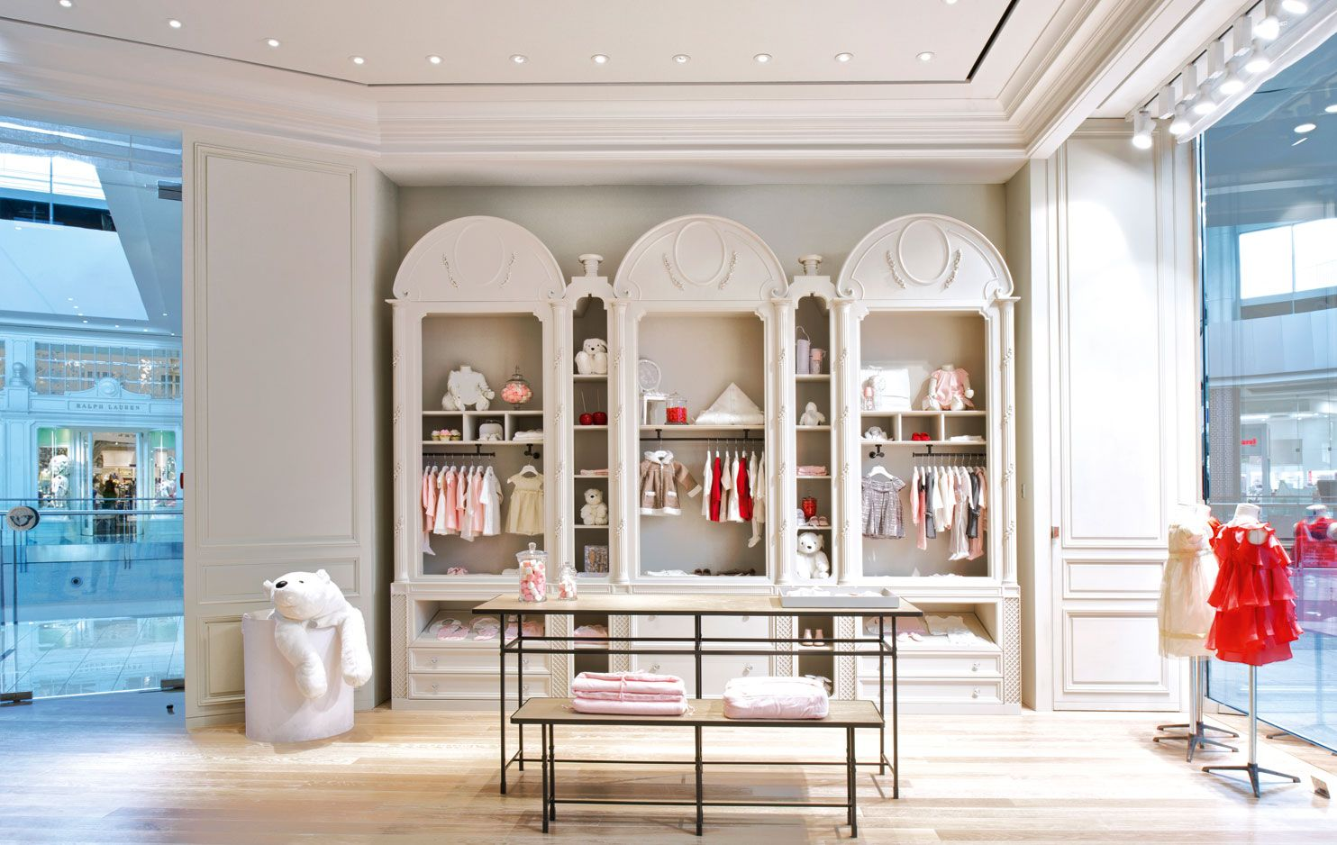 THE NEW BABY DIOR AND DIOR KIDS BOUTIQUE IN PARIS