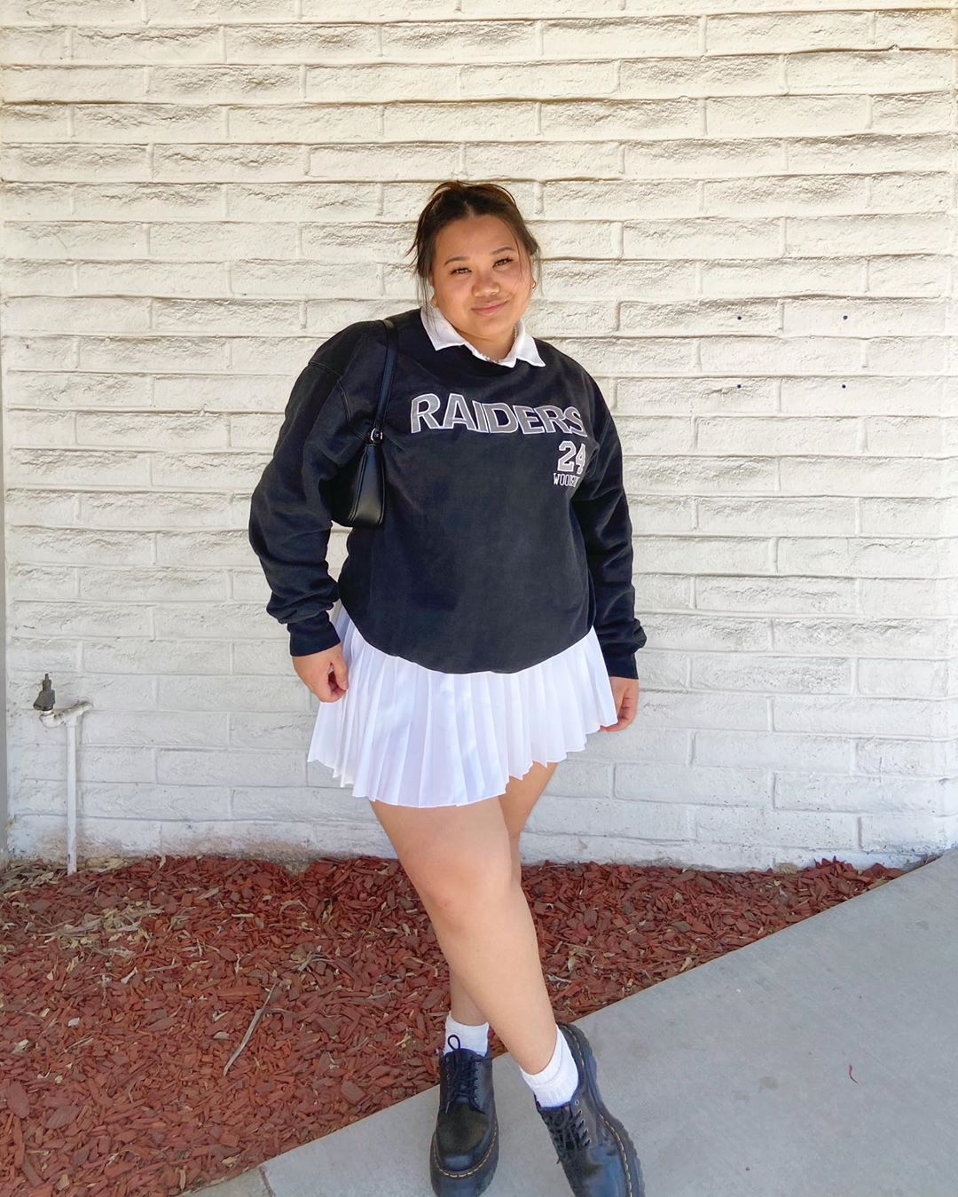 Lauren Licup On Instagram Happy Friday Friends In 2020 Tennis Skirt Outfit Fashion Inspo Outfits Curvy Girl Outfits