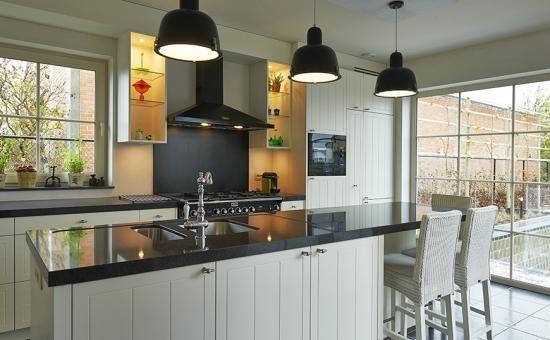 Realisatie pastorie marchetta villabouw eigen villa for Eigen keuken bouwen