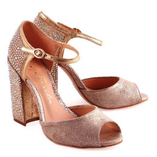 032c7f205d Sapatos Femininos 2017 na Luiza Barcelos. sandalias salto alto - Pesquisa  Google