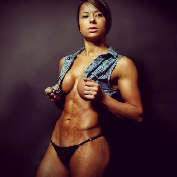 Sandra model female body