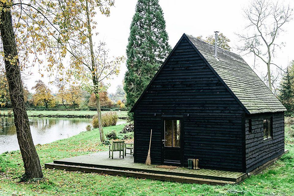 Dark Abode Project - Lakehouse Pinterest Petite maison - construire une maison ecologique