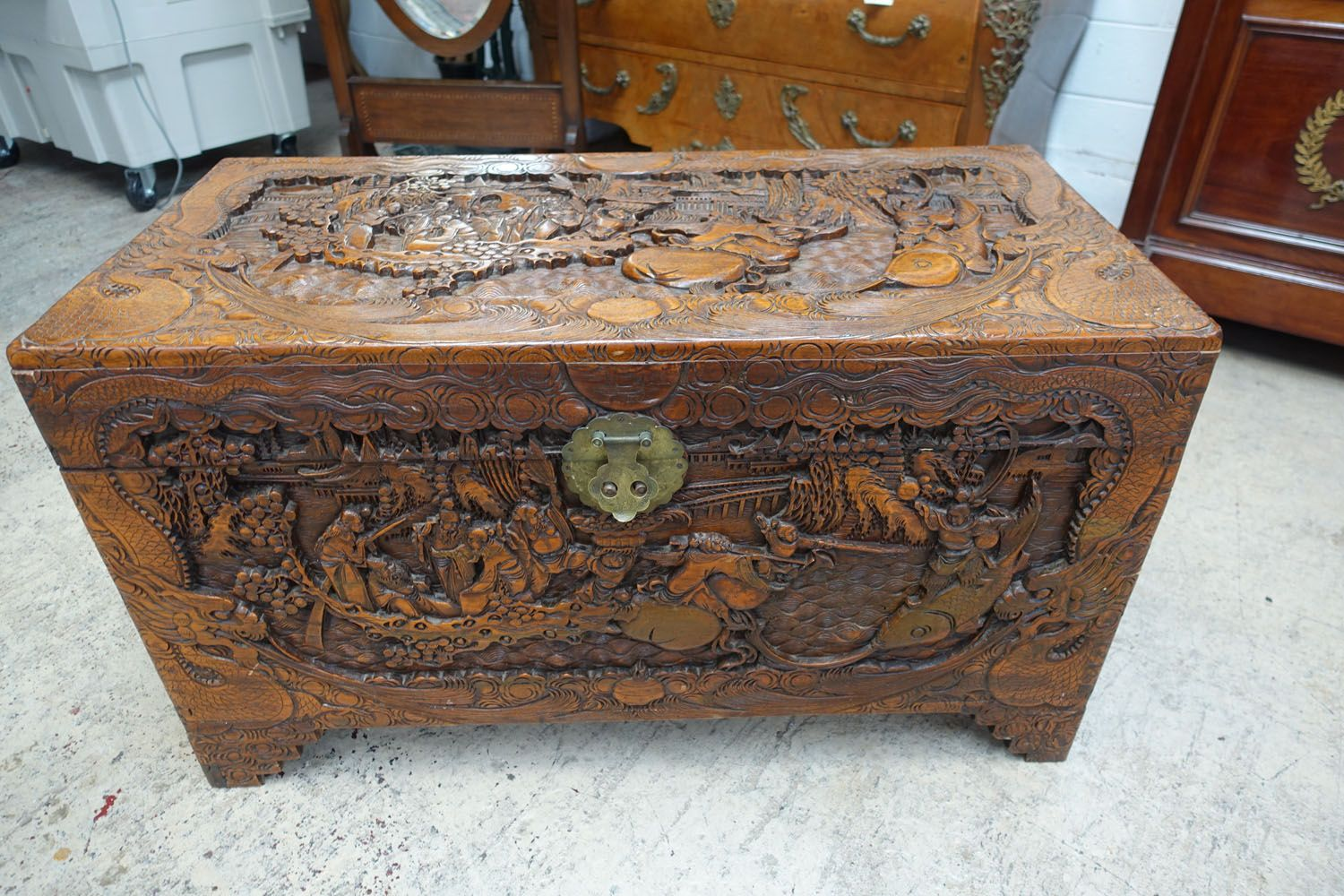 An Amazing Carved Chinese Camphor Wood Trunk Has Attractive