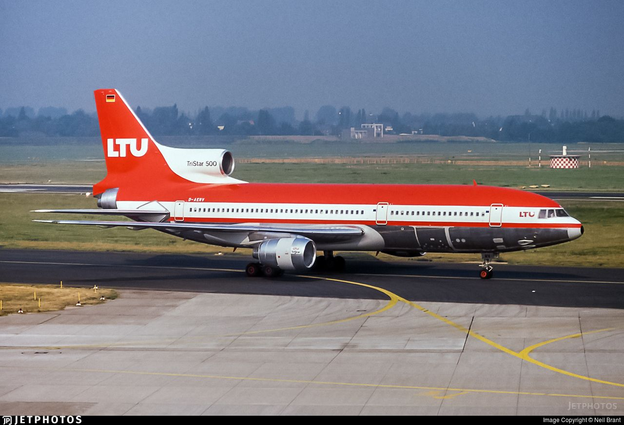 Photo of DAERV Lockheed L1011500 Tristar LTU (With