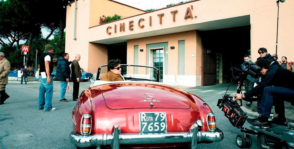 Italia - Roma, Studi cinematografici di Cinecittà.    https://www.facebook.com/cinecittasimostra/photos/pb.144776472251492.-2207520000.1406429704./741694465893020/?type=1