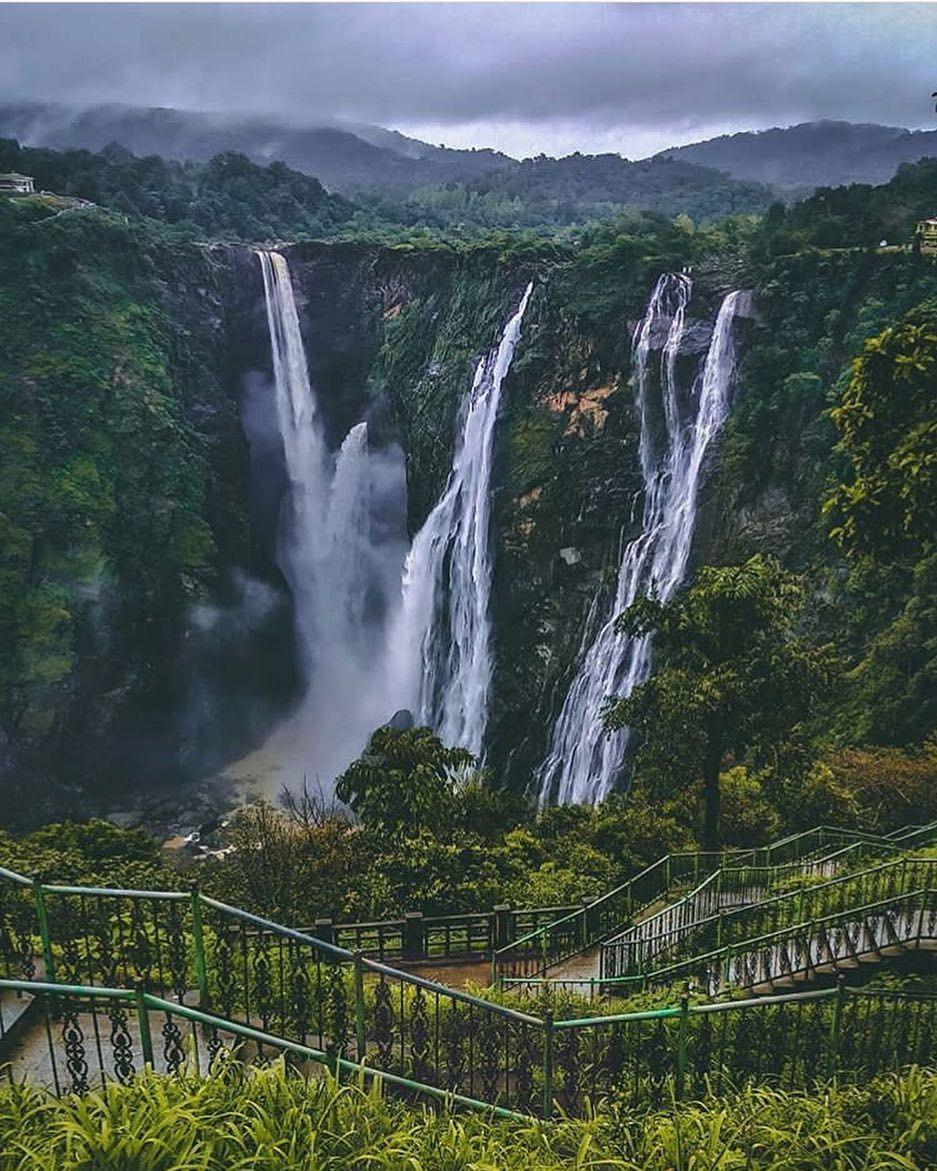 #ifoundawesome Waterfalls Near Bangalore That You Must