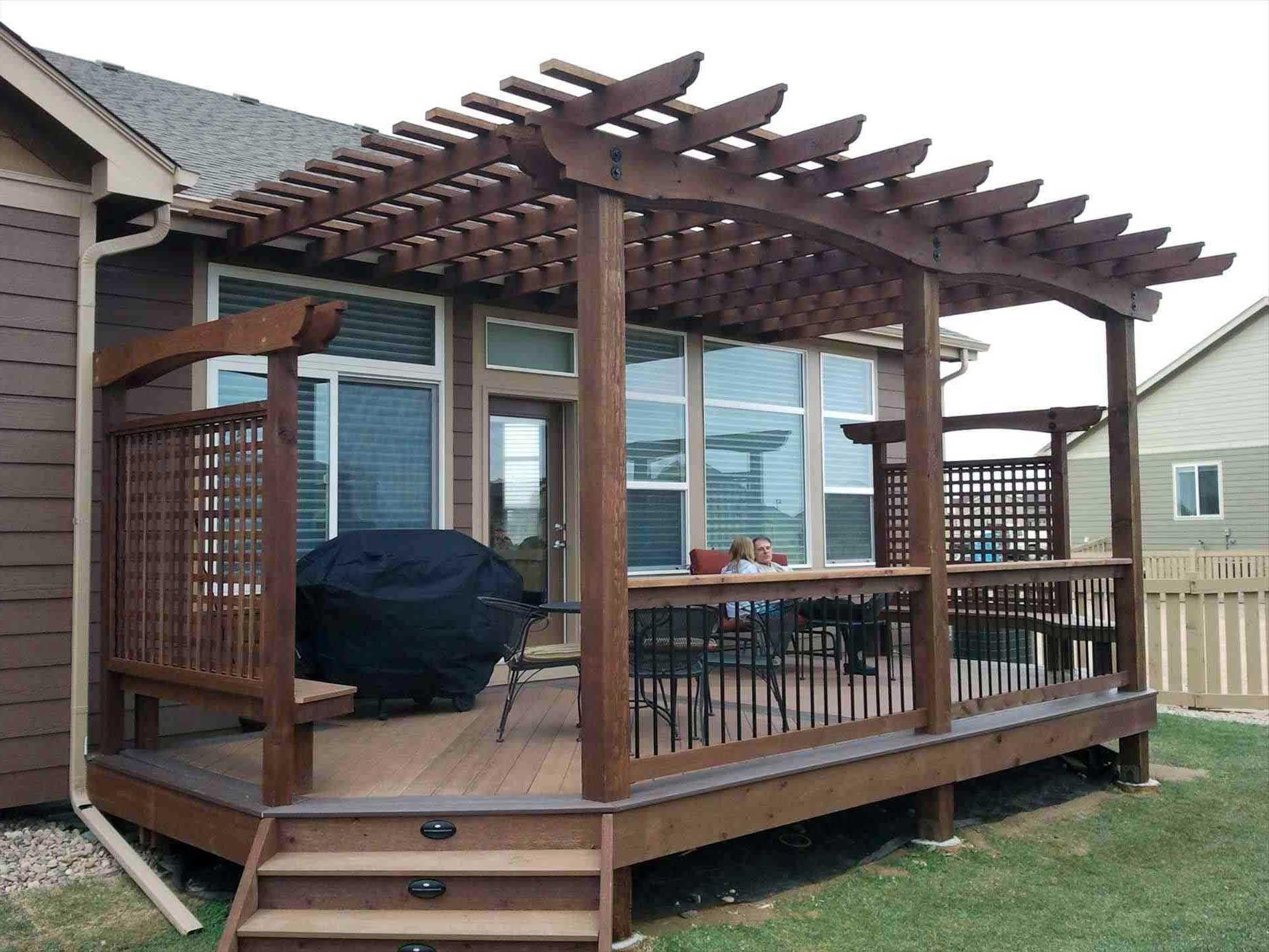 48 Comfy Deck Ideas With Pergola Small Backyard Decks Small