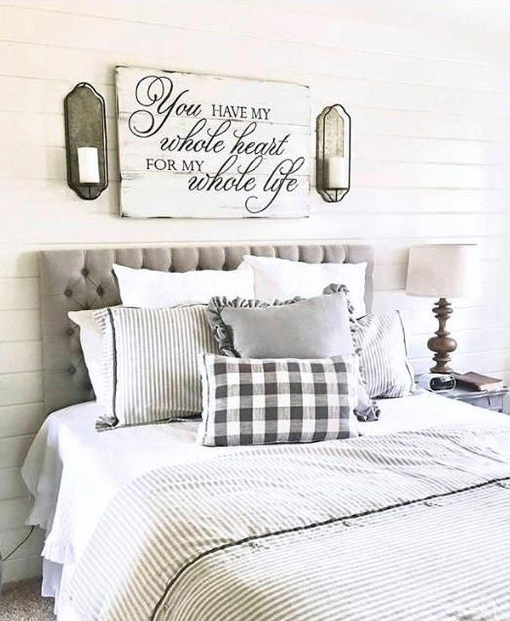 Bedroom Decorating Ideas Antique Furniture Livingroomdecorations Bedroom Decorating Ideas Diy Bedroom Decor Bedroom Decor Bedroom Loft