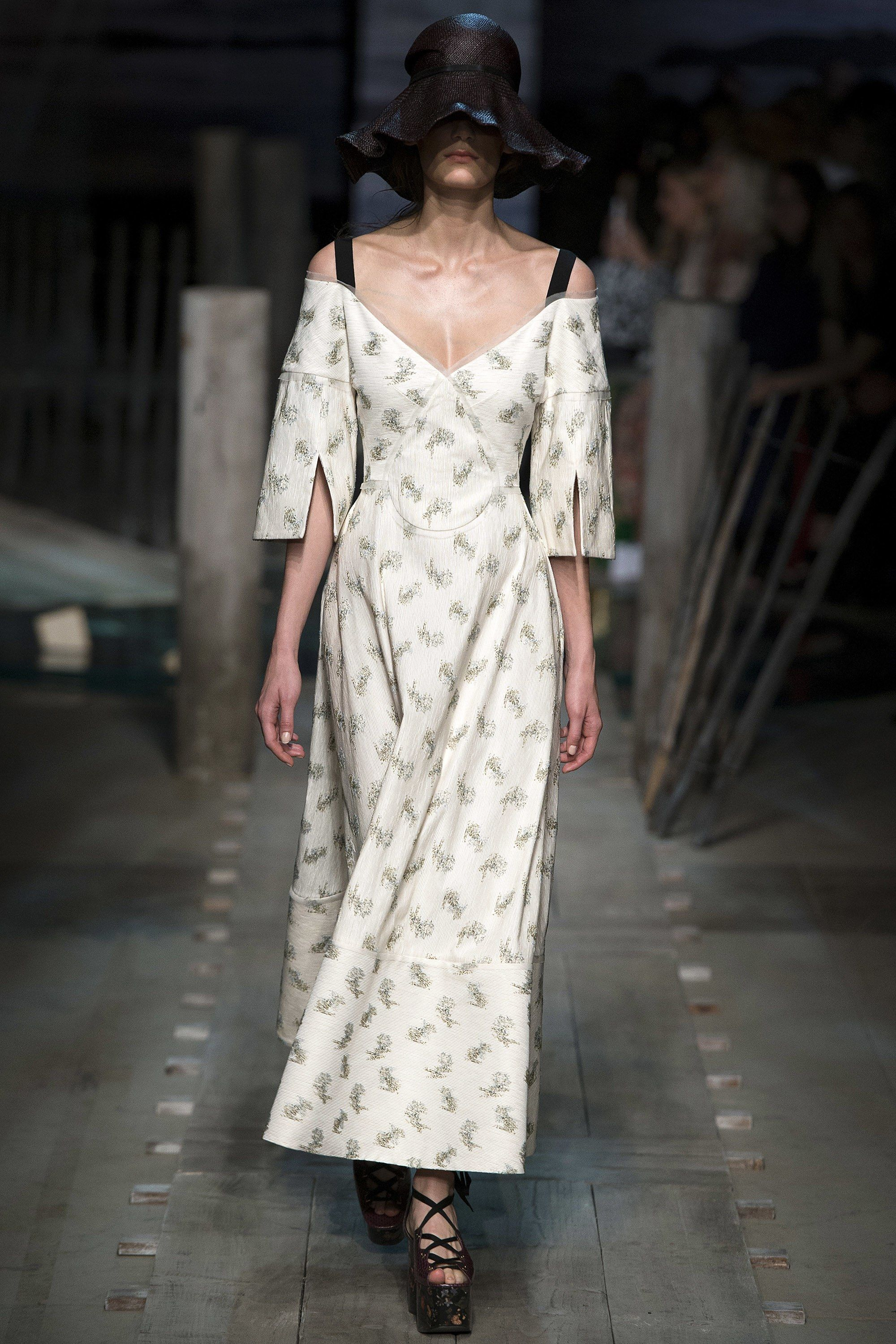 Erdem Spring 2017 Ready-to-Wear Collection Photos - Vogue
