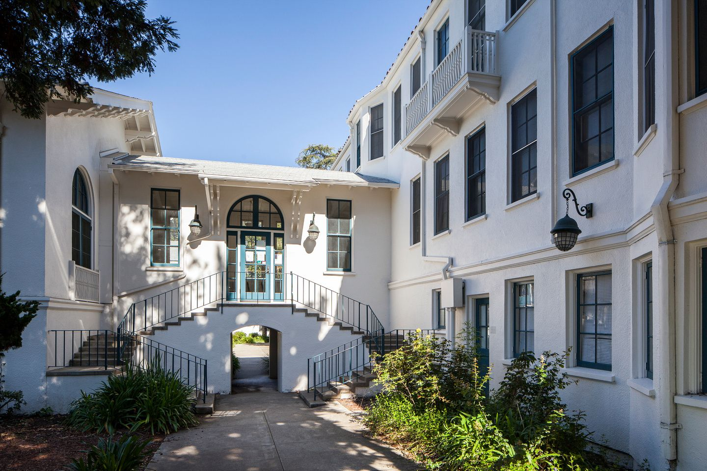 Olney Hall and walkway through underpass to courtyard shared with ...