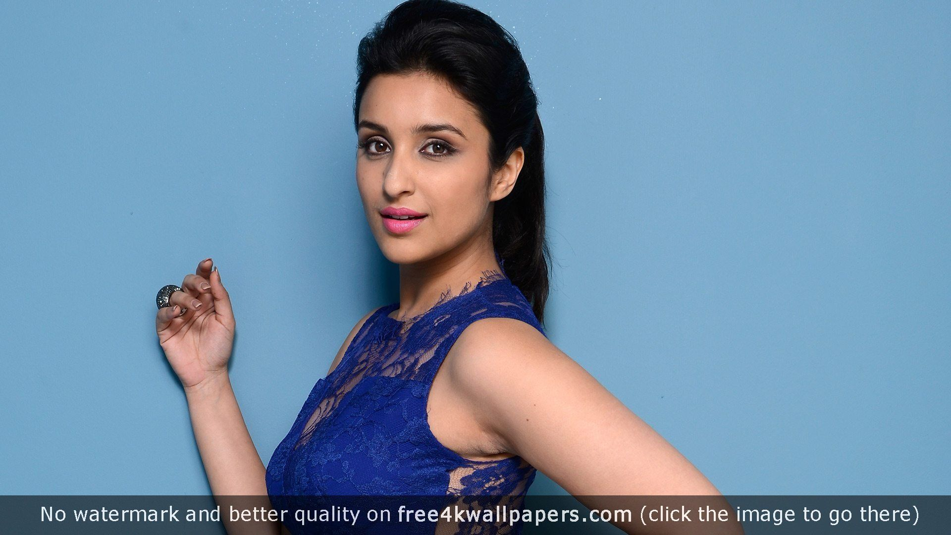 Bollywood actres parineeti chopra 4k or hd wallpaper for - Actress wallpaper download for mobile ...