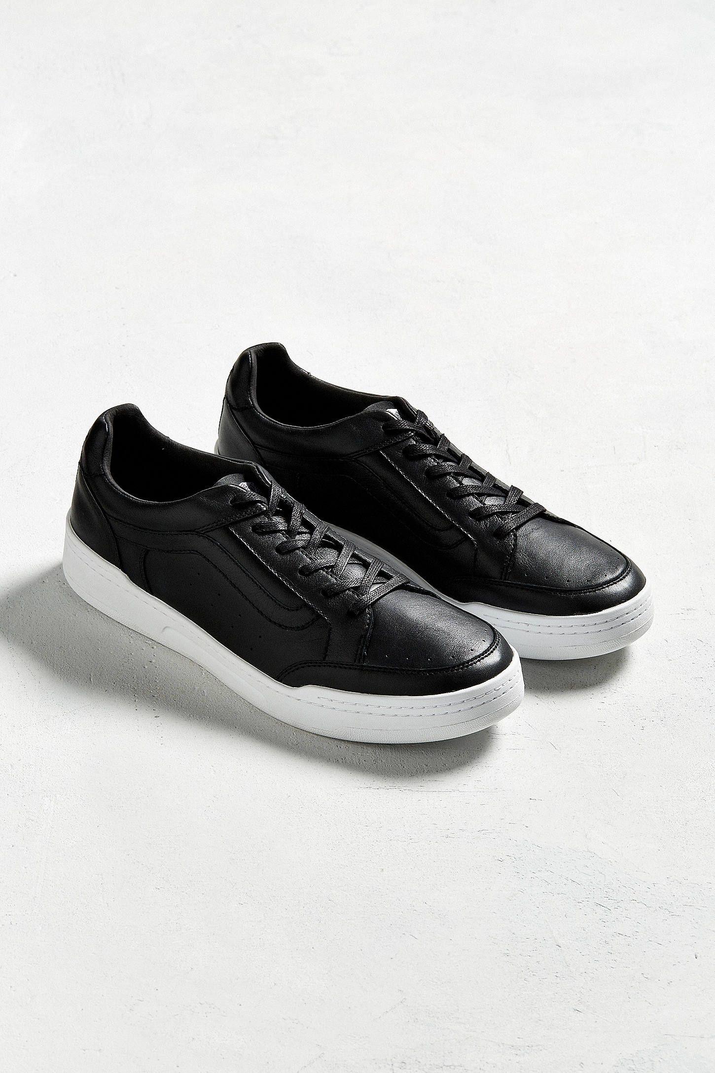 3e311446c5 Slide View  2  Vans Highland Sneaker Sneaker