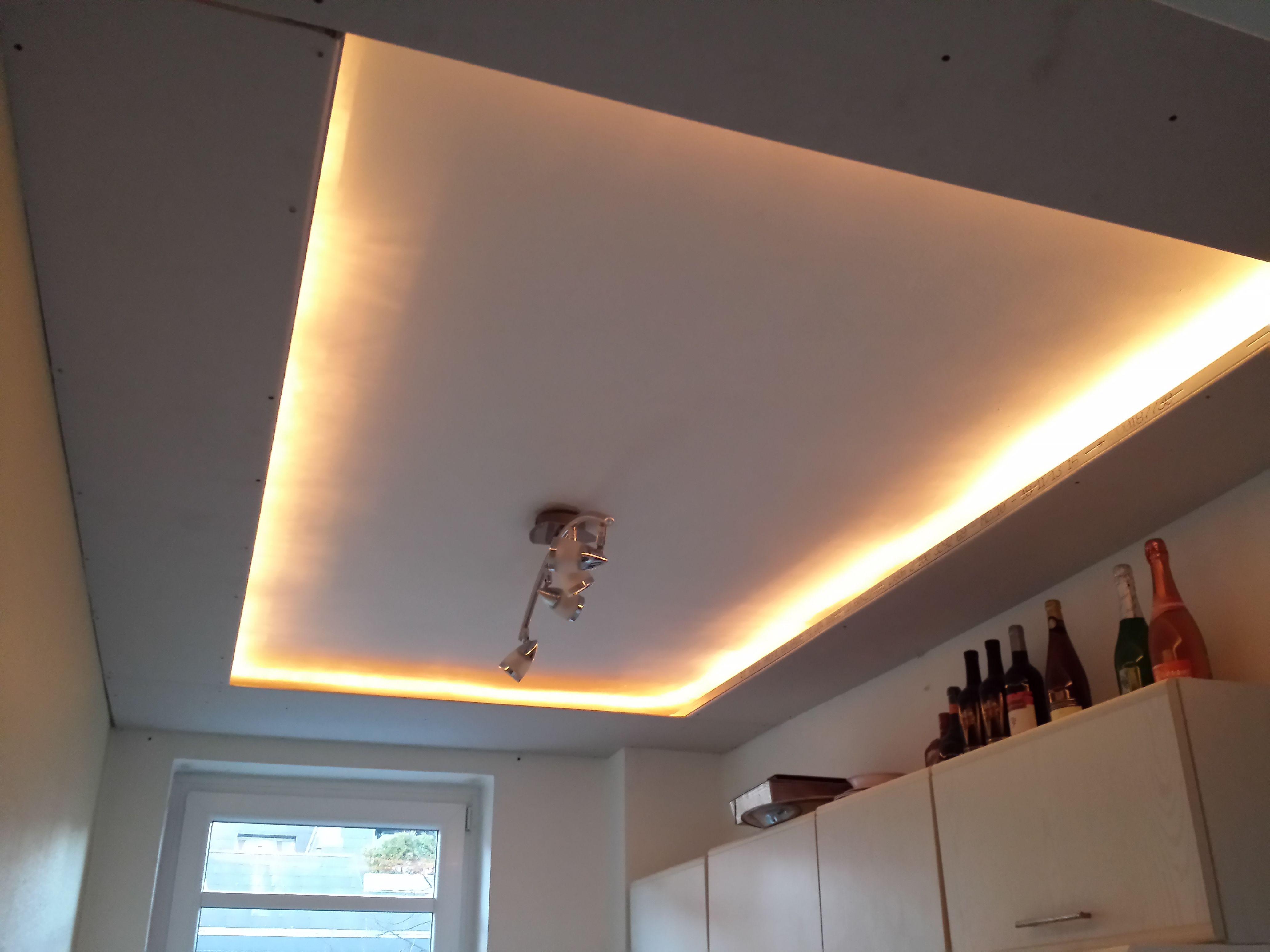 Indirektes Licht in der Küche Bauanleitung zum selber bauen