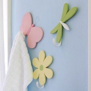 Butterfly Dragonfly and Daisy Hook Set