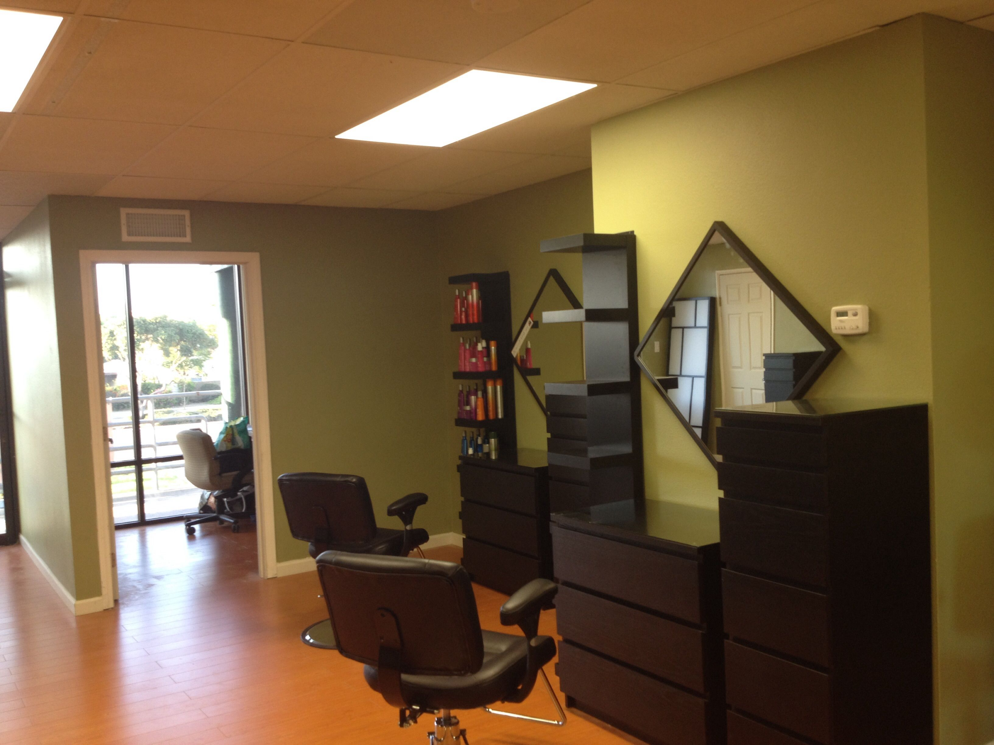 Hair stylist for booth rent new salon near downtown